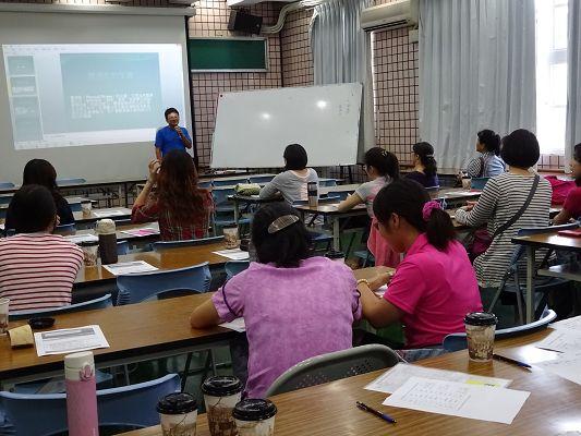 http://w4.loxa.edu.tw/smallwei/school/2014/DSC00524(001).jpg